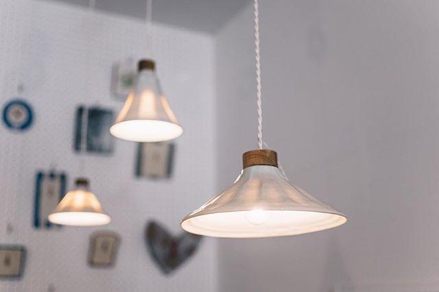 部屋を明るく照らす照明2