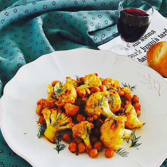 カリフラワーとレンズ豆のホットサラダ