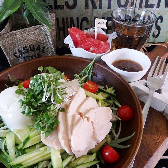 豆腐とチキンのサラダ