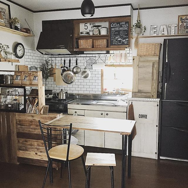 見せる収納は狭いキッチンにピッタリ2