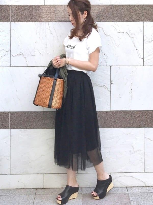 夏の黒スカートコーデ4