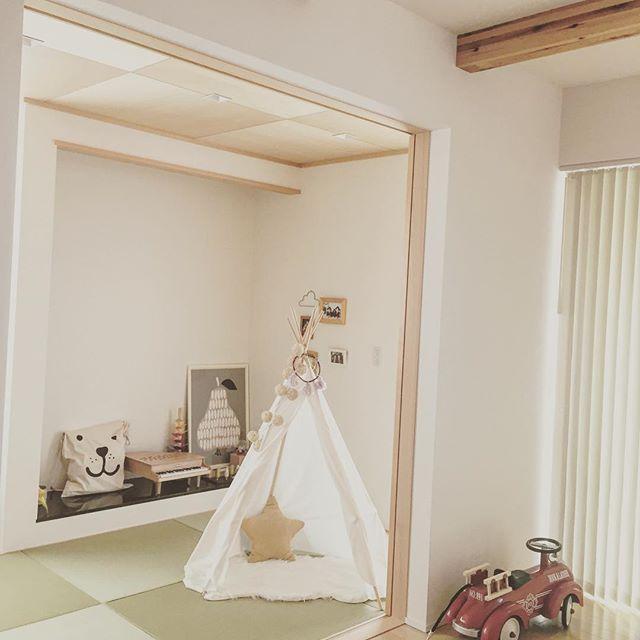 和室を改造したポップで楽しい女の子部屋