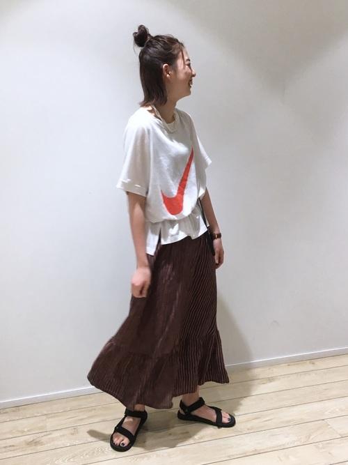 ナイキTシャツ×キャミワンピース