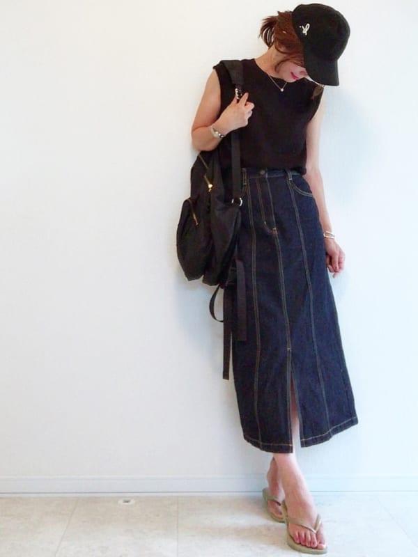 夏のネイビースカートコーデ