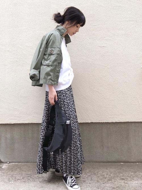 [N.(N. Natural Beauty Basic)] レトロフラワープリーツスカート