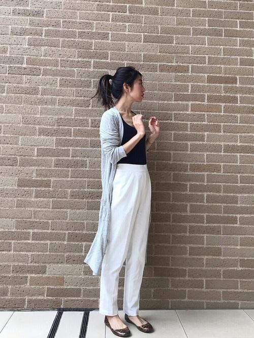 [Pierrot] 360°美脚見えストレートテーパードパンツ センタープレス