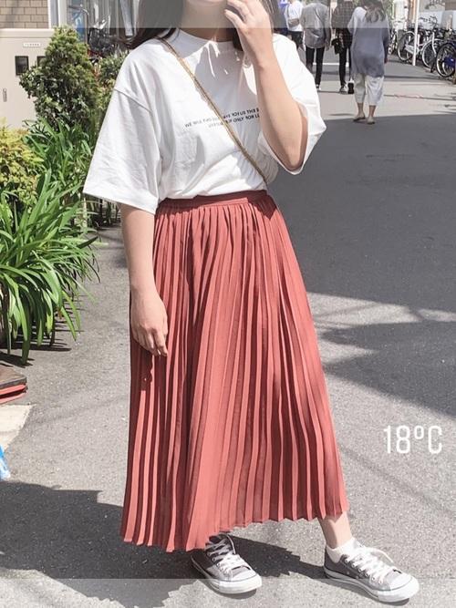 スカートがGU3