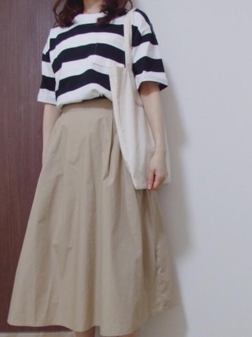 GU ベージュスカート
