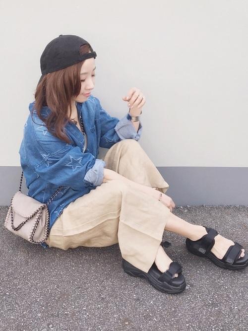 【GU】ベージュワイドパンツコーデ3