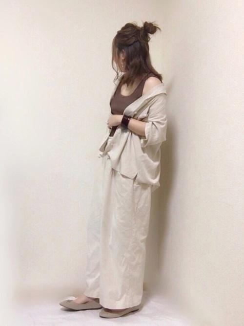 【GU】ベージュワイドパンツコーデ6