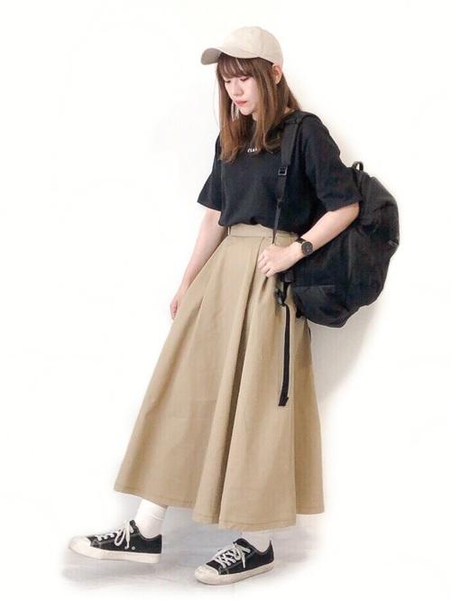 リュック×スカートの夏コーデ3