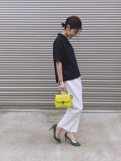 47【GU】シャツ×ヒール靴のタウンコーデ