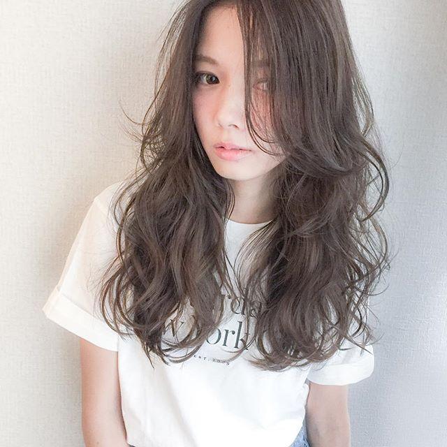 ベージュの髪色 ロング9