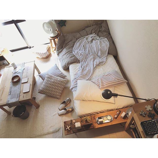 一人暮らし ベッドボード