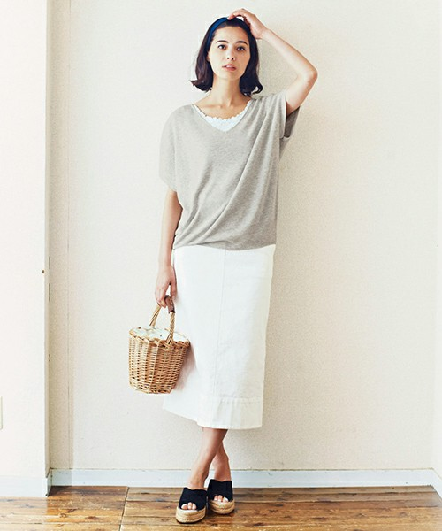 [FELISSIMO] and myera ストレッチのきいた白スカート