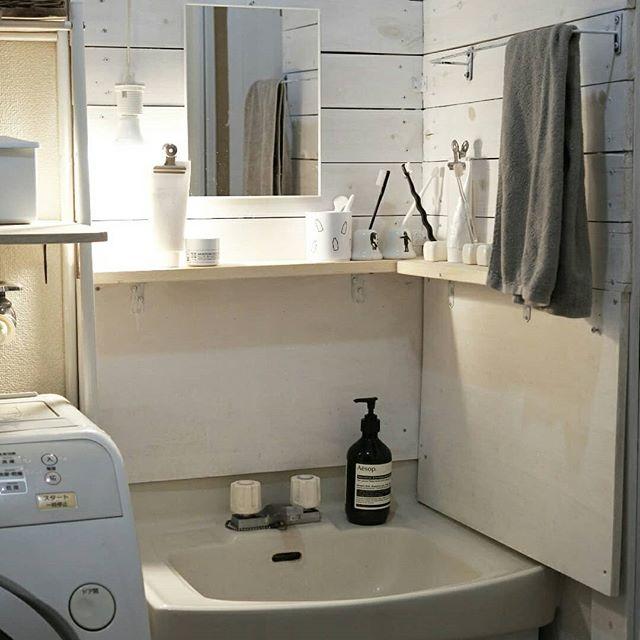 DIYで洗面所をおしゃれにリメイク