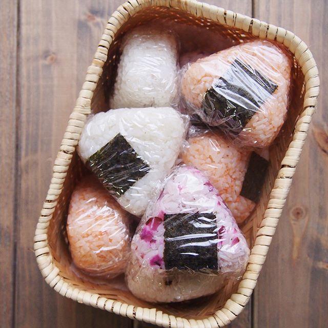 和風弁当の定番・おにぎりを使ったピクニック弁当