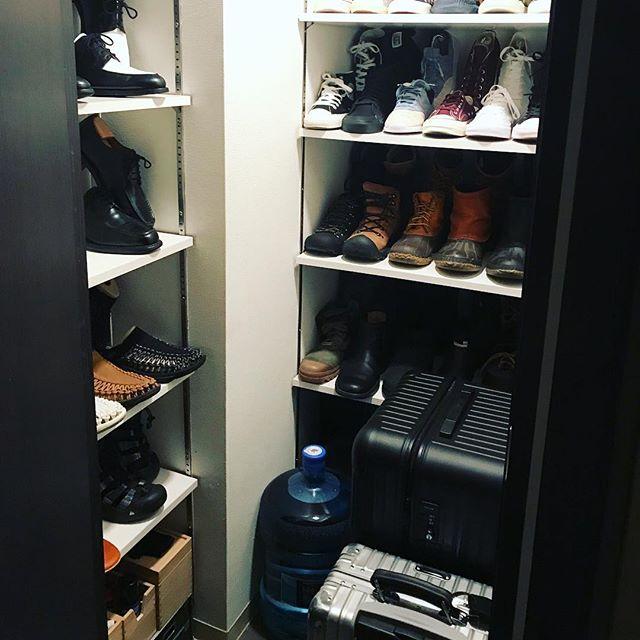 靴以外も収納できるスペースを確保