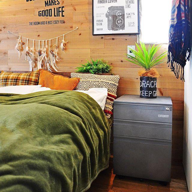 異国風な寝室&ベッドレイアウト2