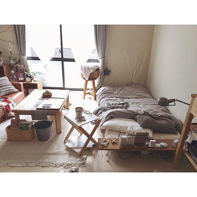 ナチュラルな寝室&ベッドレイアウト