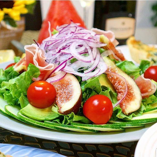 朝食のパンと相性の良いサラダ