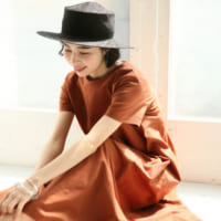 夏の帽子コーデ40選!大人女性におすすめのきれいめカジュアルスタイル