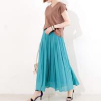 コーデの主役級「スカート」15選◆大人かわいいコーデを作ってくれる一枚を。