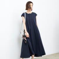 高身長を生かしたスタイルアップコーデに挑戦。華奢見えも狙う大人女性の着こなし術