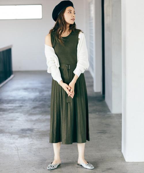 [mysty woman] 【WEB限定アイテム】ベルト付ニットプリーツワンピース 839591