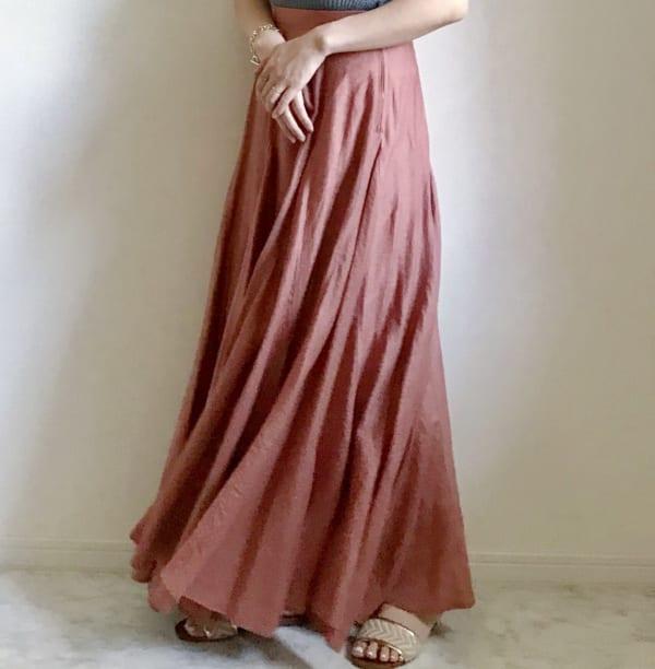 フレアロングスカートスカートと合わせる