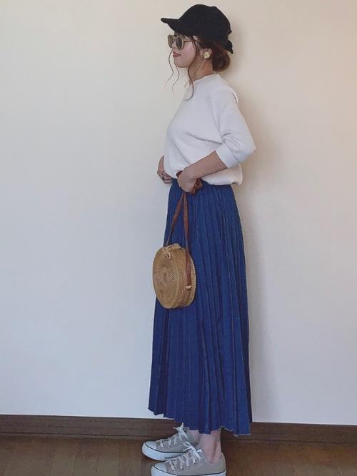 定番!ユニクロのワッフルTシャツ×スカートコーデ2