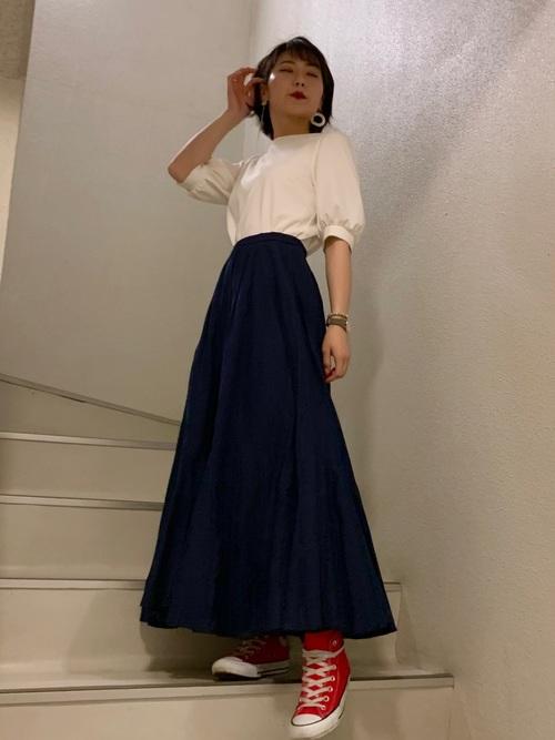 GUのシャツ×おしゃれスカートファッション2