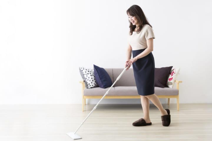 一人暮らしの掃除のポイントは?そろえておきたい便利な掃除アイテム