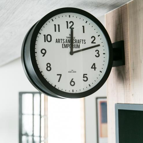 ロベストン「両盤面時計」