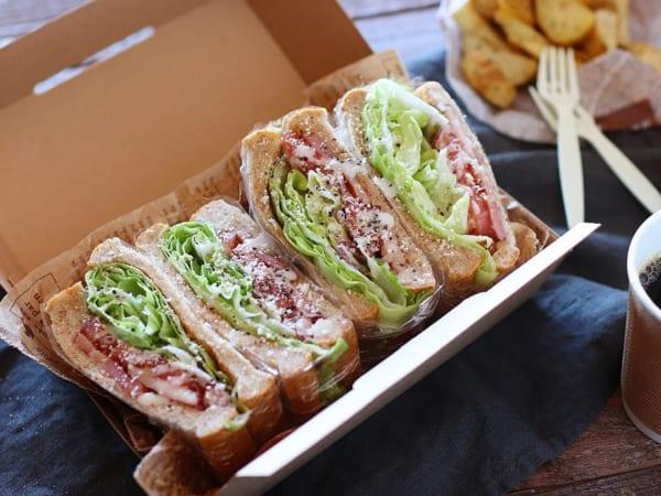 手で食べられるのがうれしいサンドイッチ
