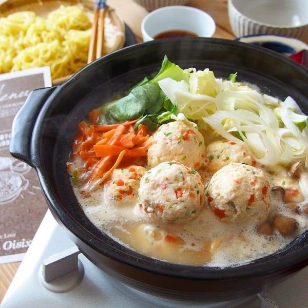 チーズ入りお野菜鶏団子鍋