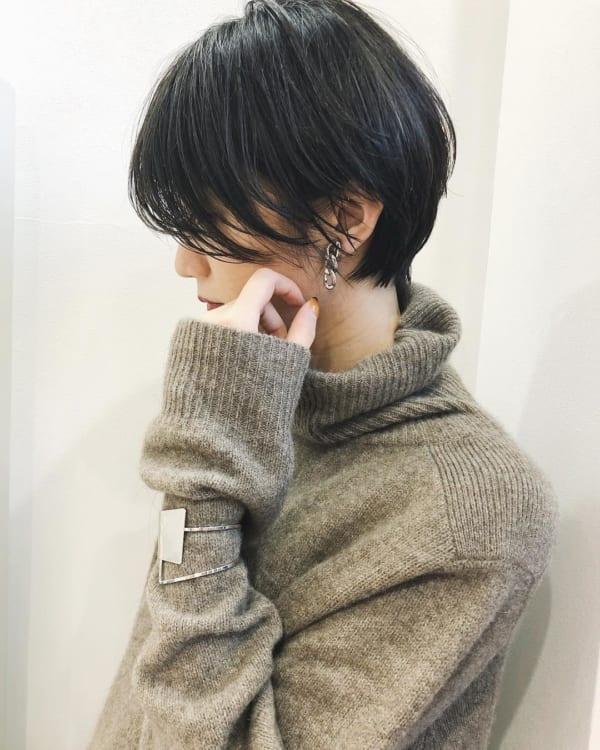 黒髪ショートボブ (前髪なし)3