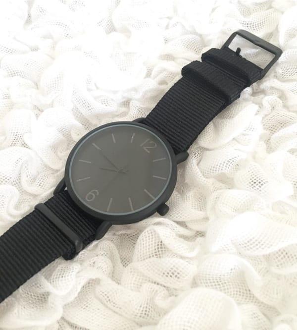 WristWatchシリーズのメンズ腕時計 ブラック