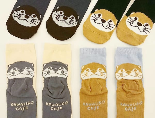 KAWAUSO CAFE靴下(キャンドゥ)