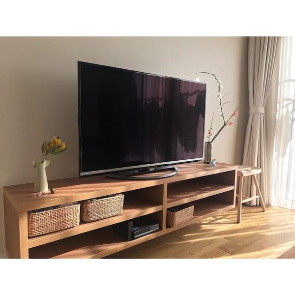 テレビボードをおしゃれに取り入れたインテリア18
