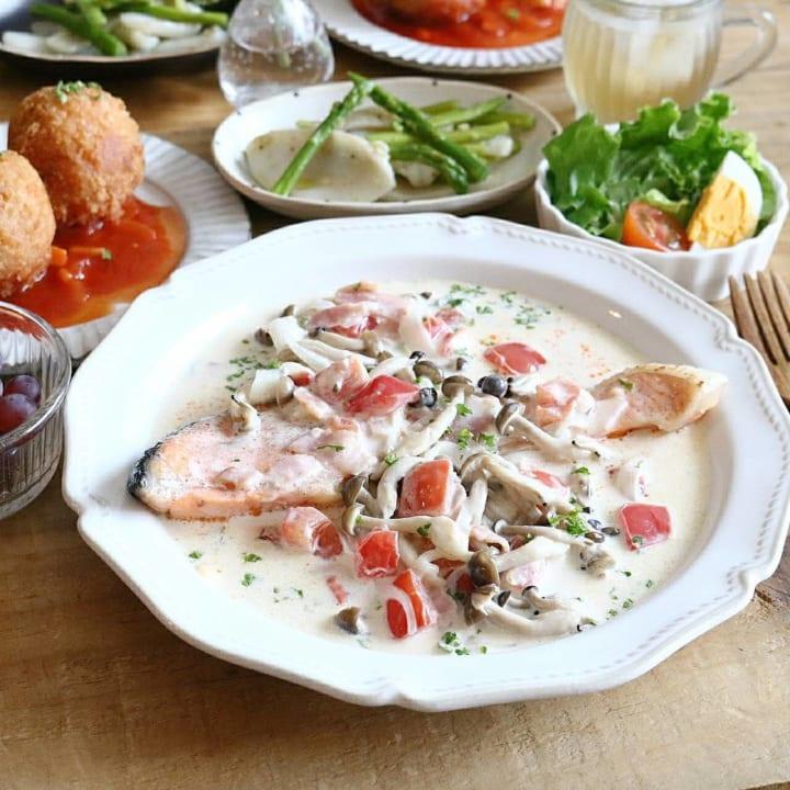 魚のソテー野菜クリームソース煮