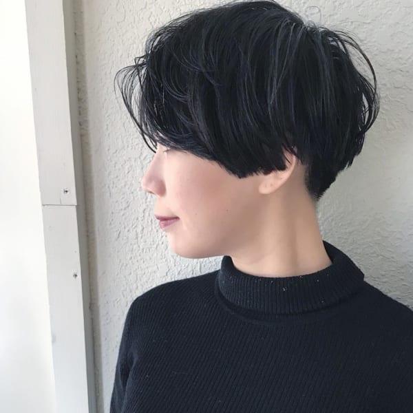 黒髪ベリーショート5
