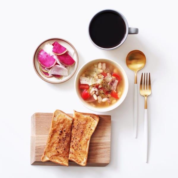 栄養満点の野菜スープ