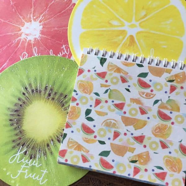 フルーツ柄の丸型折り紙(ダイソー)