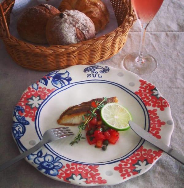 簡単フレンチ 真鯛のポアレ トマトとケーパーのソース