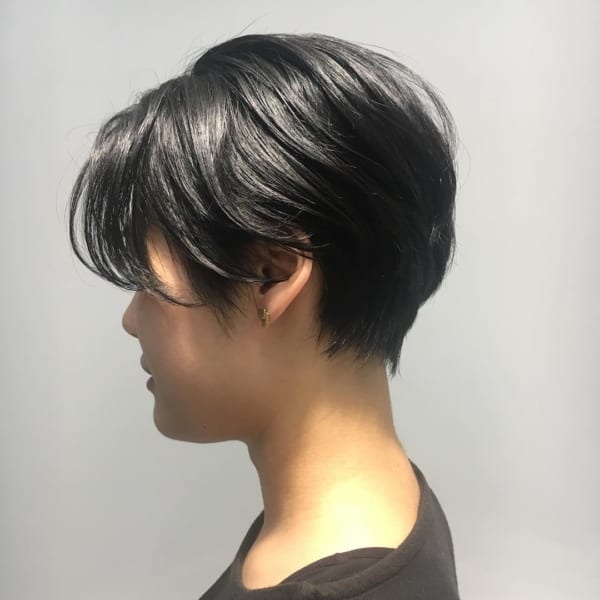 黒髪ベリーショート21