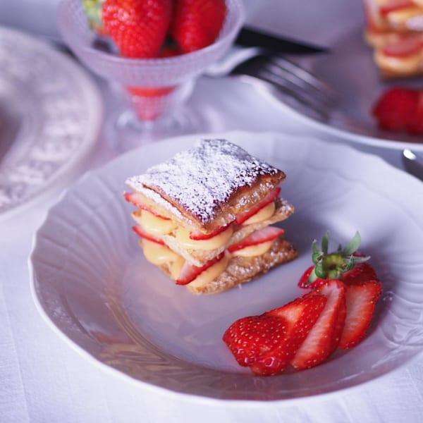自宅で簡単デザート♪苺のミルフィーユ