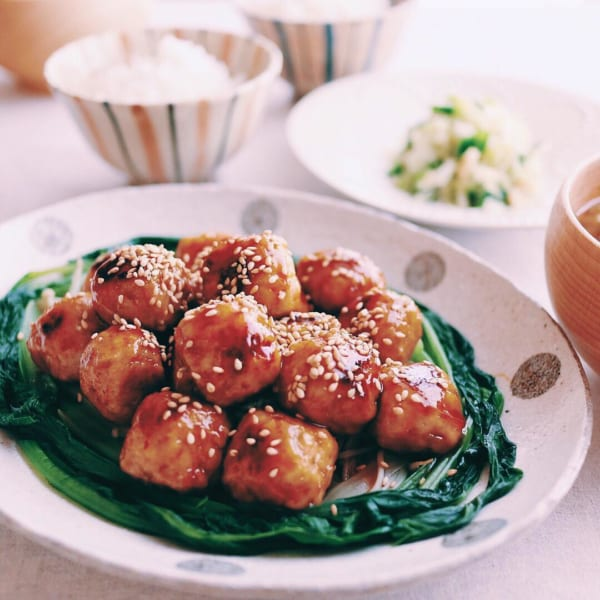 ぱくぱく鶏団子の中華風照りとろ炒め