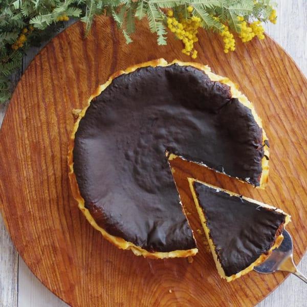 話題のバスク風チーズケーキ