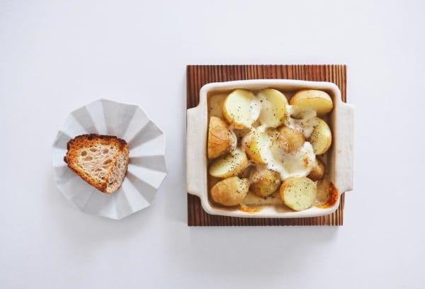 とろーりチーズでボリュームアップ!ジャガイモのチーズ焼き
